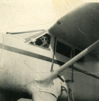 SAUNIE GRAVELY, pilot & owner of this Stinson Gullwing Reliant