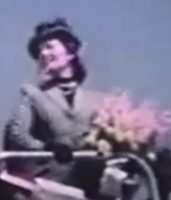 Jarmila Novotna, Metropolitan Opera Diva in 1945 ready to christen Veterans Air Express DC-4.