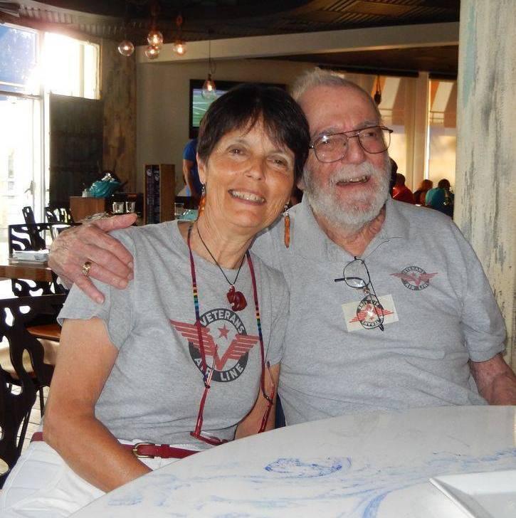 Veterans Air Jack Stettner died on Nov 28, 2016, in Florida. Photo shows Jack & Gaye Lyn sharing a hug in 2015.