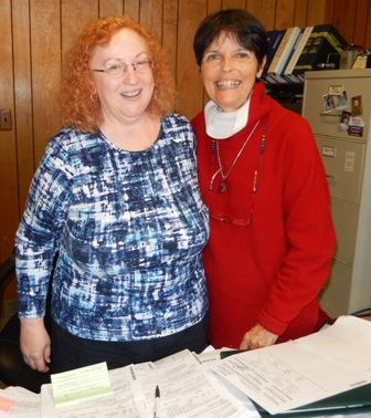 Marie Martz welcomes Gaye Lyn to the Martz insurance office on 11-17-2015.